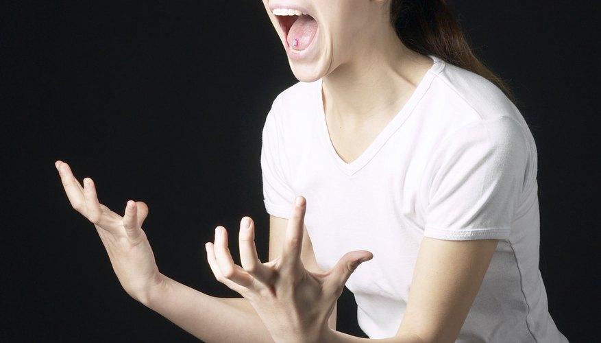 El cuerpo entero de un actor se usa para expresar emoción.