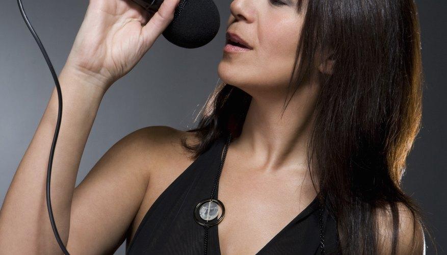 Cantar en conciertos requiere preparación extensiva.