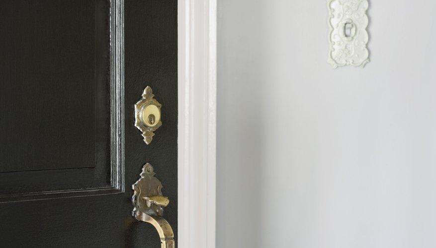 Cómo funciona un timbre de una puerta.