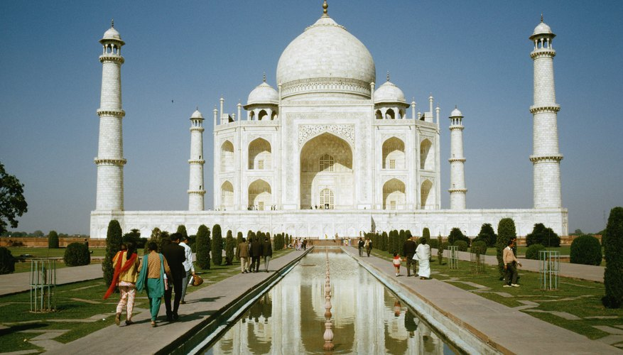 The Taj Mahal was built of marble and limestone between 1632 and 1653.