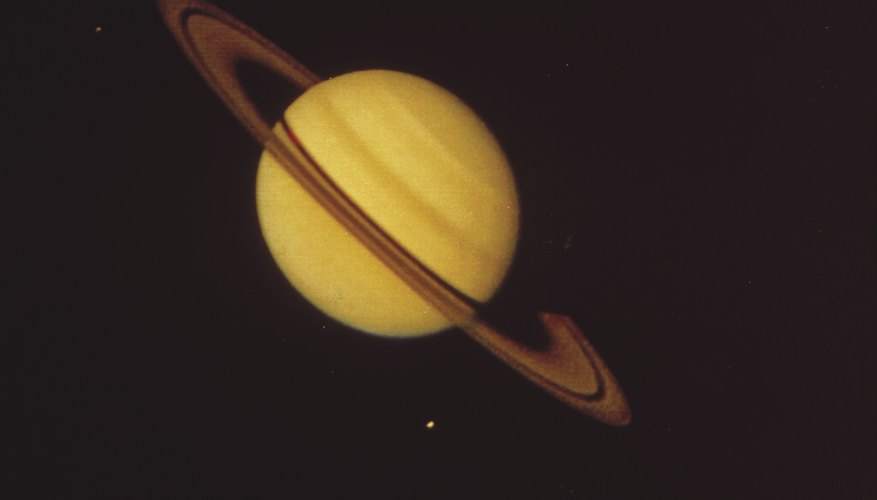 The atmosphere of Saturn is vastly different from that on Earth.
