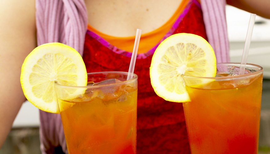 Unsweetened tea adds flavor without all the calories of sweet tea. Use fruit to sweeten.