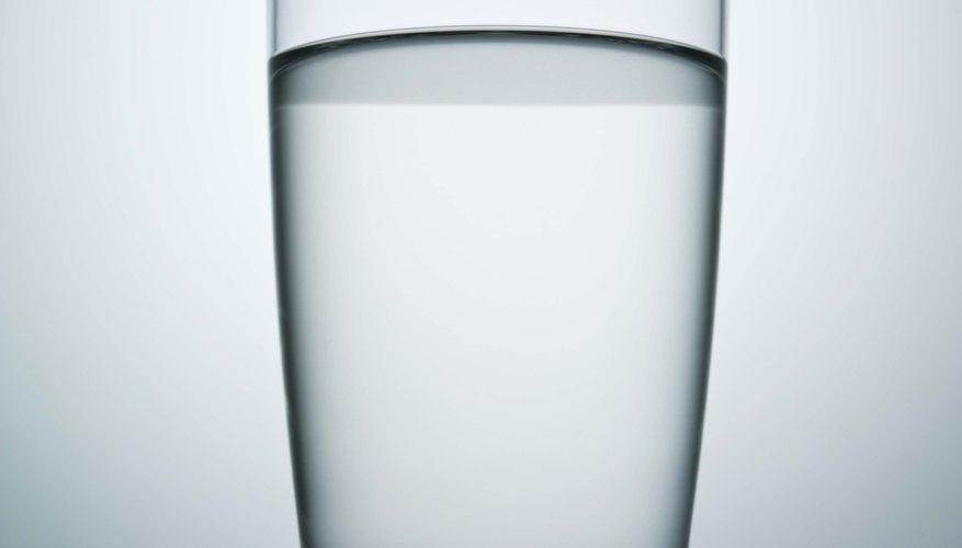 Haz música con vasos de agua.