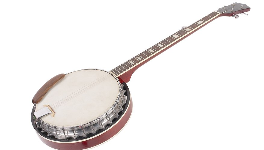 How do I Play Old Man by Neil Young on the Banjo? | Our Pastimes