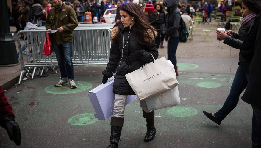 Black Friday Shoppers Look For Holiday Bargains