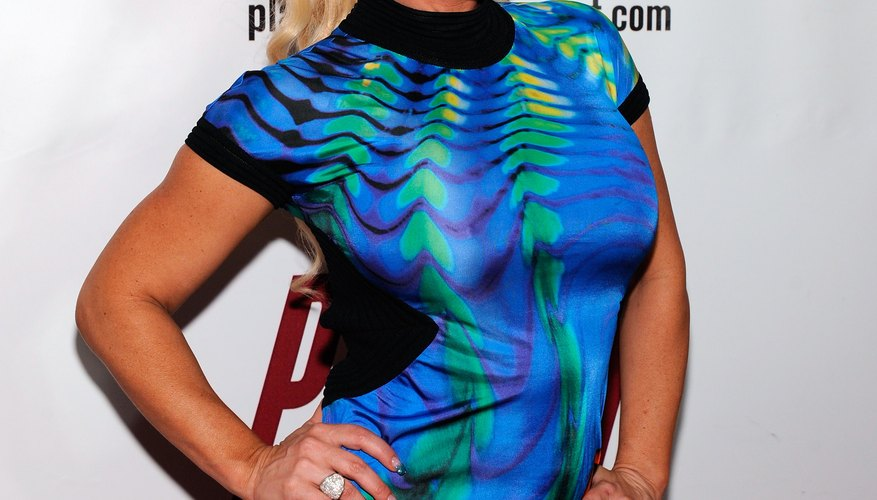 Coco Austin stuns in an abstract print dress, perfect for a space themed party.