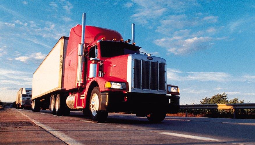 Concéntrate en el tren de transmisión y en el rango de marcha en lugar de caballos de fuerza cuando elijas especificaciones en camiones de carga de corto alcance.