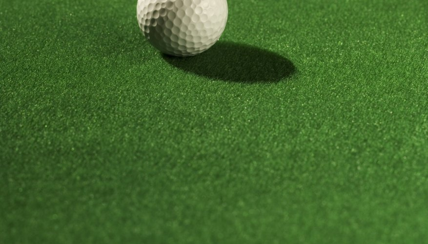 Minigolf is something the entire family can enjoy together.