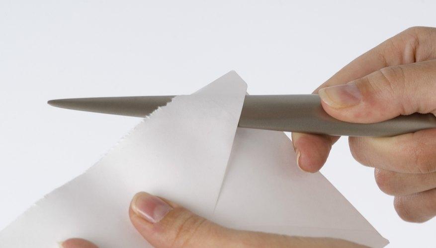 Las cartas comerciales juegan un papel vital en las comunicaciones externas de una organización o empresa.