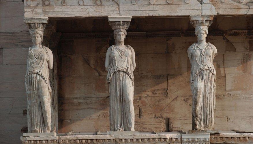 El arte griego solía incluir temas mitológicos.