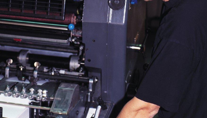 Hay muchos equipos específicos que se necesitan en una imprenta.