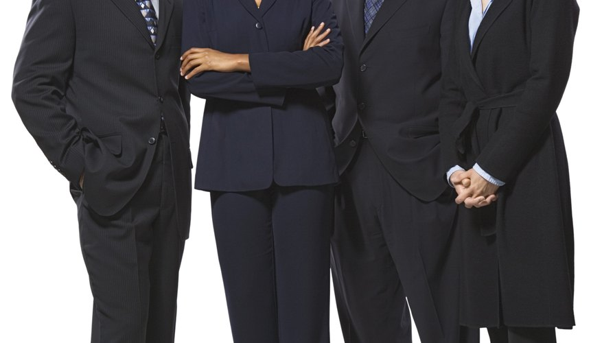 Todos los directivos son ejecutivos, pero no todos los ejecutivos son directivos.