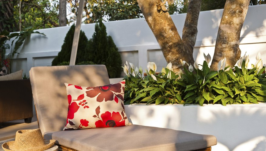 Image of patio furniture.