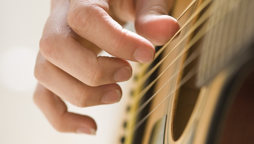 How to Arpeggiate a Chord on the Guitar | Our Pastimes