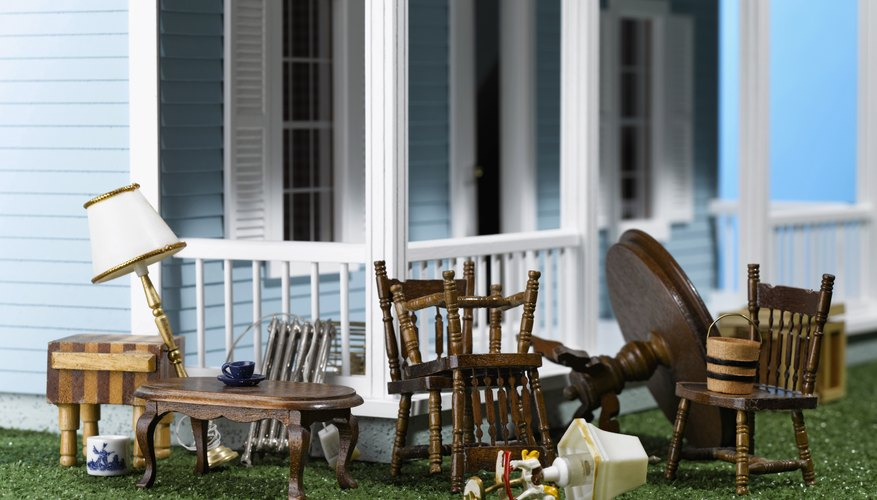 C mo hacer sillas en miniatura para casas de mu ecas con - Sillas para casa ...