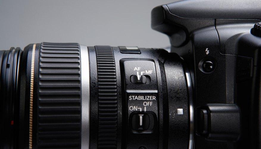 Las cámaras DSLR tienen objetivos intercambiables, lo cual te da más opciones de disparo.