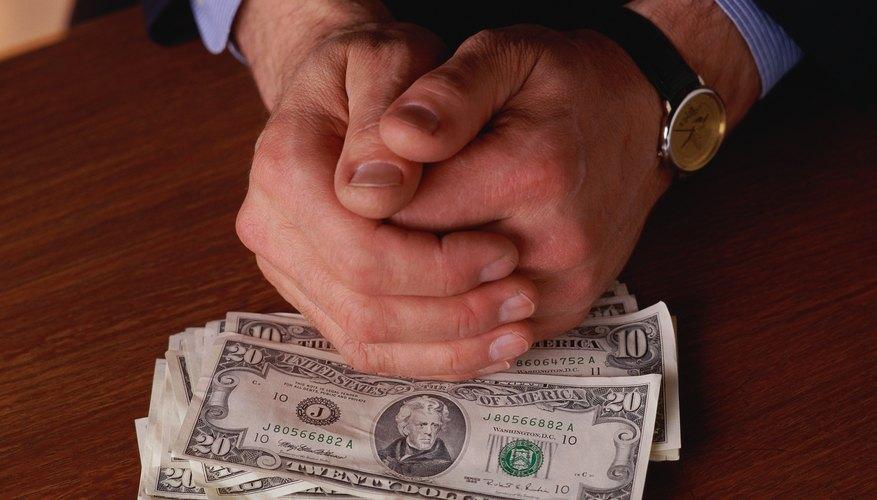 Aprende a reportar los salarios en tus documentos financieros.