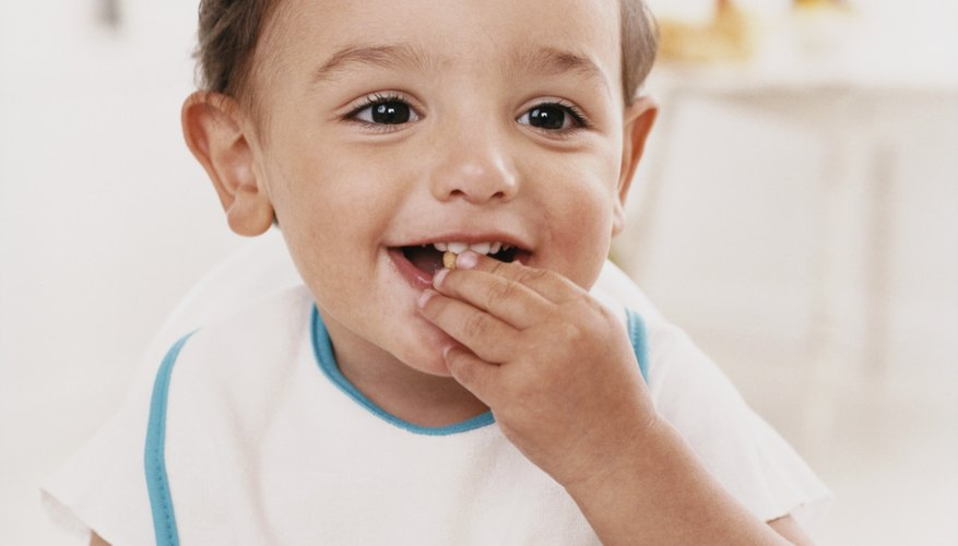 Dish out the praise when your toddler eats neatly.