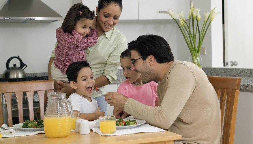 Propicia el conocimiento de los niños sobre la nutrición saludable a través de las actividades preescolares.