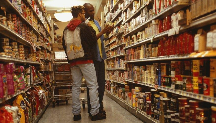 Existen varias categorías de artículos que son esenciales en cualquier tienda de abarrotes.