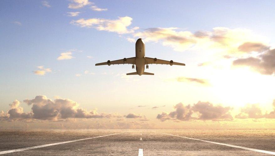 Los precios de los pasajes de avión varían según factores como la anticipación con que los reservas y el número de paradas del vuelo.