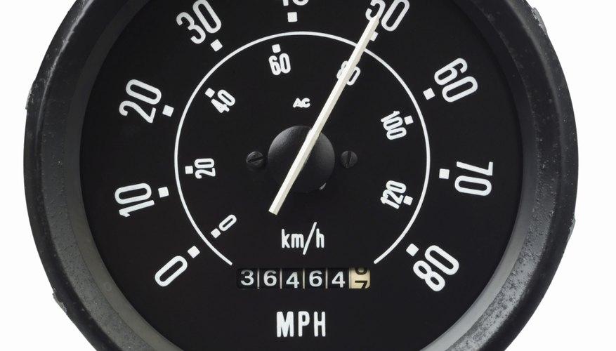 El velocímetro ofrece a los conductores una lectura del movimiento que el vehículo está realizando