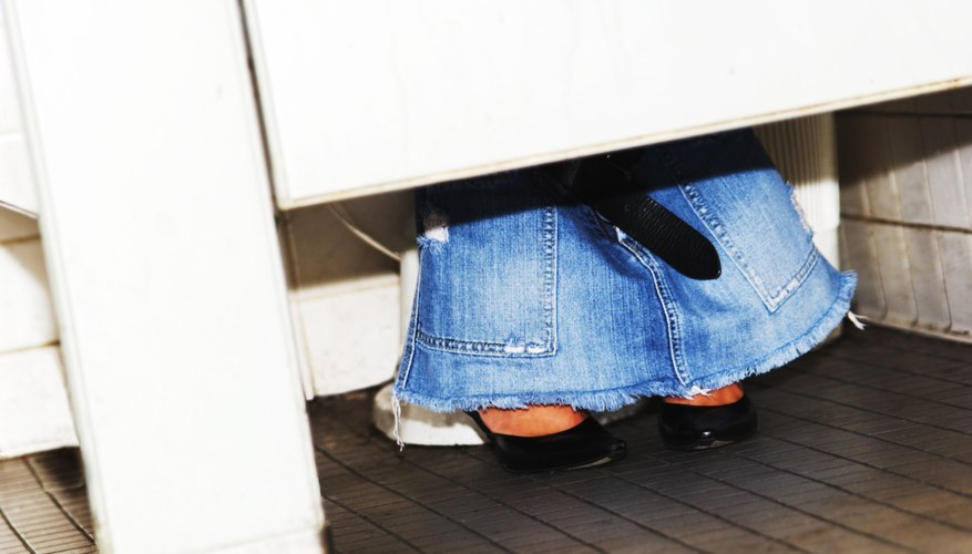 Frequent and painful urination are associated with a fallen bladder.