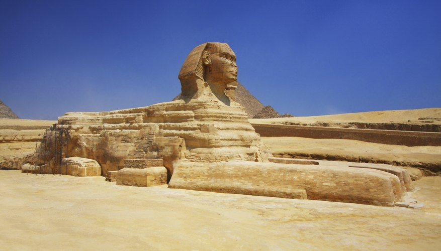Image of Egyptian sphinx in desert