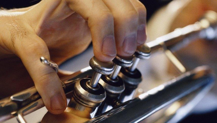 La trompeta está construida casi enteramente de bronce o latón.