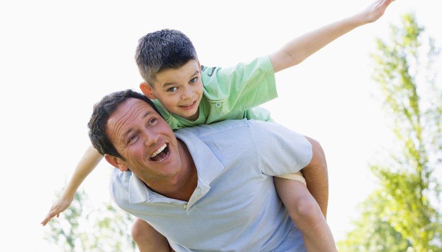 Un padre con niños pequeños disfrutará de un regalo de corazón.