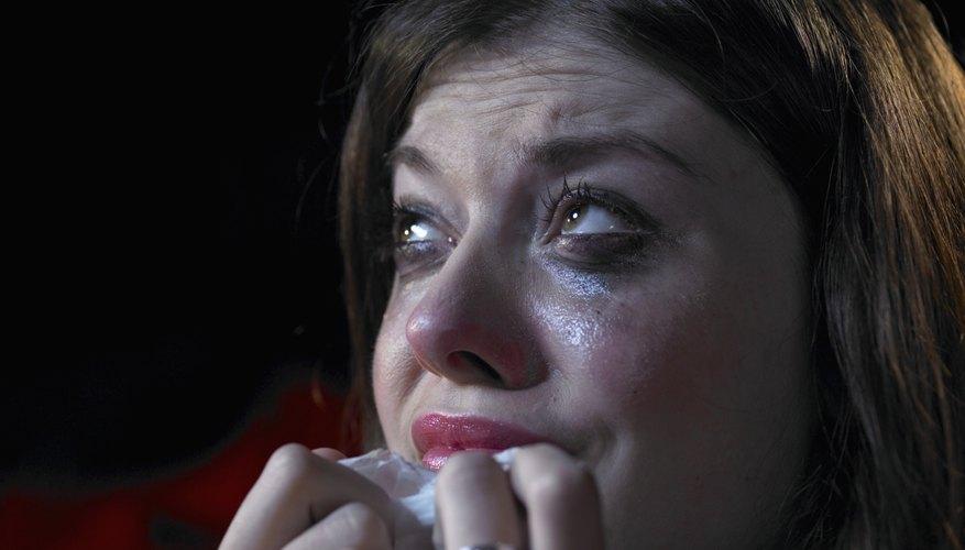 Una mujer bonita pierde su belleza cuando llora.