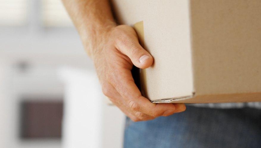 Los equipos electrónicos como DVDs no deben abrirse para poder devolverse.