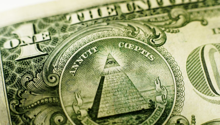 Eye in pyramid of Dollar bill