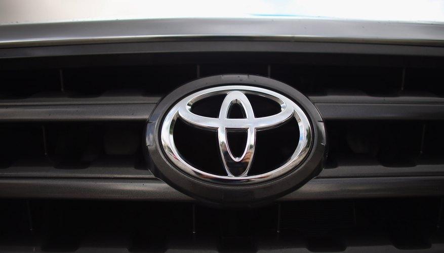 Scion pertenece a Toyota.