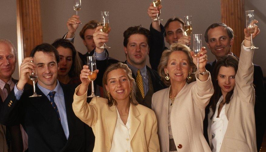 Ideas para fiestas de despedida de un empleado de oficina for Fiesta en la oficina