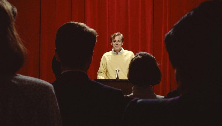 Si estás tratando de persuadir a un grupo de gente, mantén tu discurso organizado y al grano.