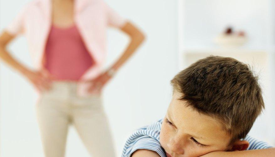 Un niño puede tratar de controlar a sus padres si no se sale con la suya.