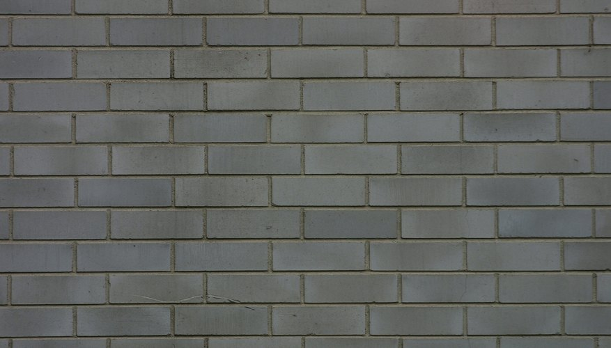 La superficie de una pared no da pistas sobre lo que está oculto dentro de ella.