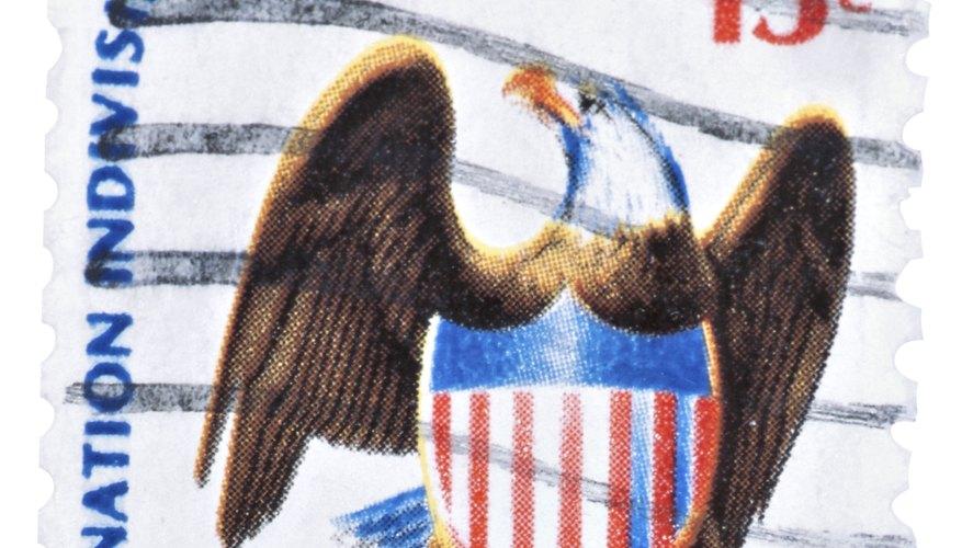 El águila se utiliza en muchos sellos, monedas y documentos expedidos por los Estados Unidos.
