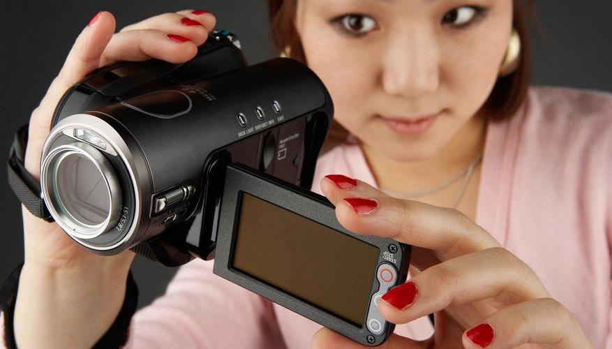 Las tasas de bits de video y las velocidades de fotogramas deben ser tenidos en cuenta antes de comprar una cámara de video digital.