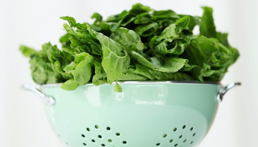 Spinach in a colander.