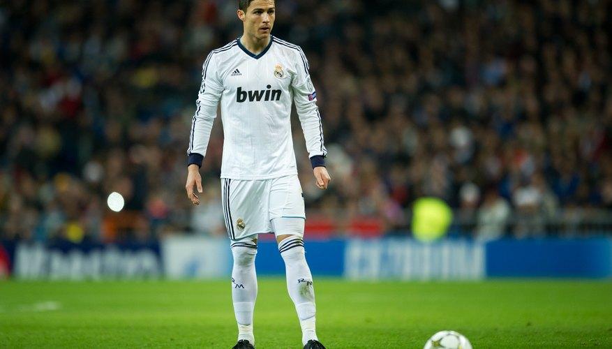 El futbolista sabe perfecto que esta carrera es de tiempo limitado, así que es mejor prevenir.