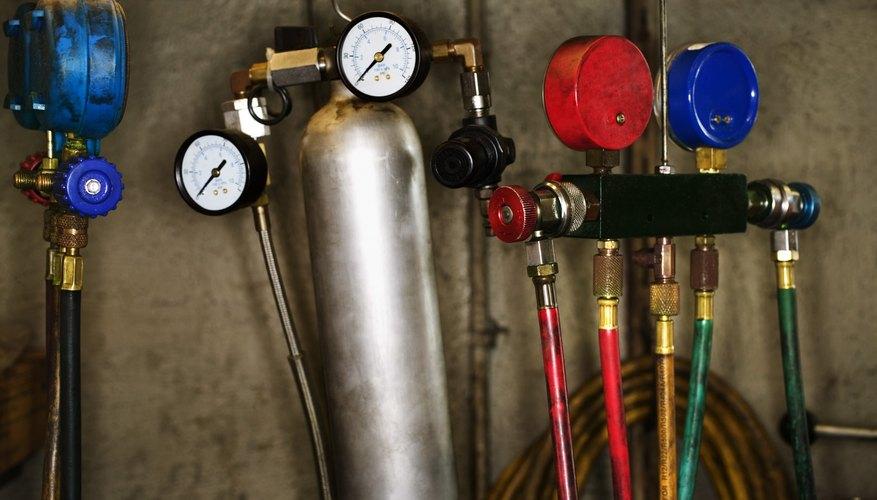 Automotive air conditioning gauges