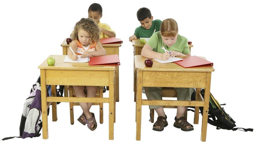 Pide a los estudiantes que inicien con sus trabajos tan pronto como tomen asiento.