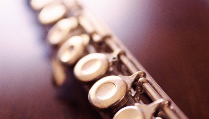Cómo ajustar una flauta Yamaha.