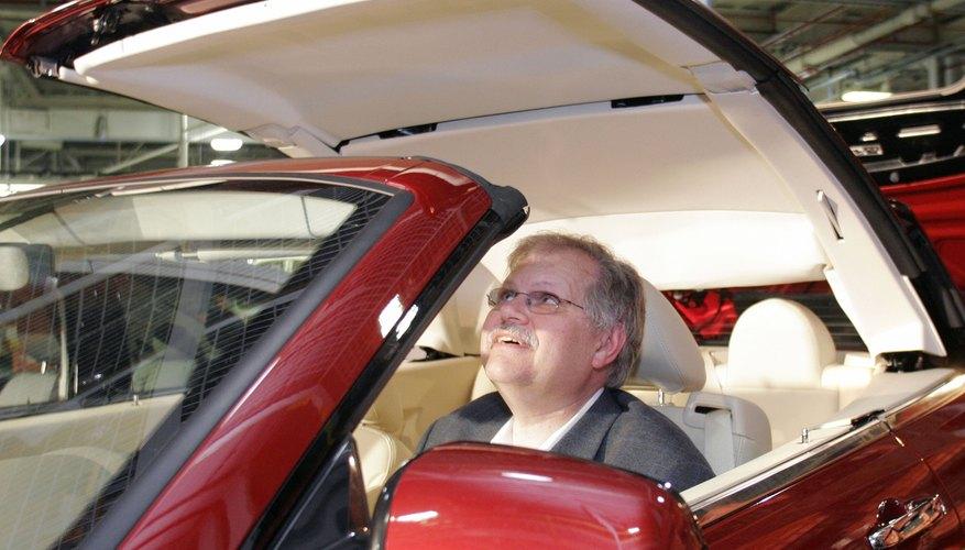 Chrysler Sebring Assembled At Michigan Plant