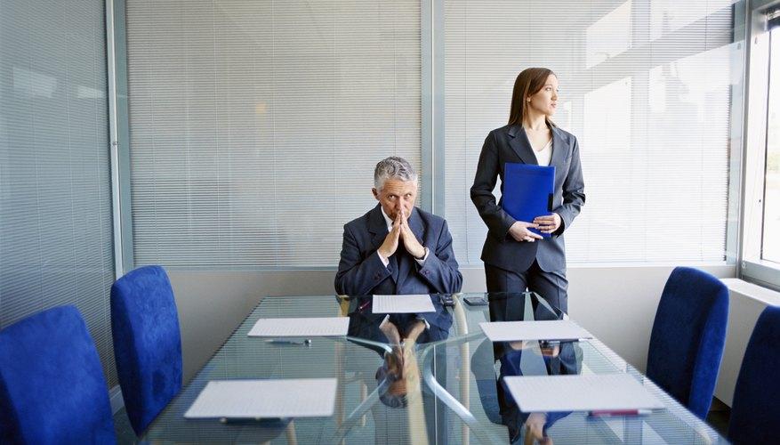 Las quejas sobre prácticas discriminatorias en el empleo son asuntos graves en el ámbito de las relaciones laborales.