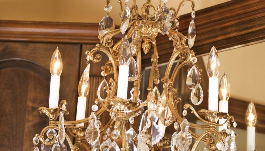 Difference Between A Chandelier Pendant