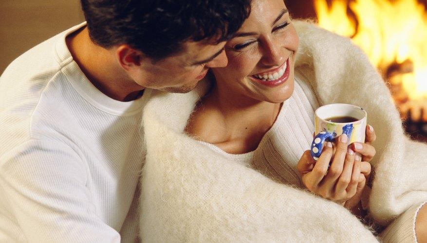 Todos disfrutan de una cálida manta de tela polar.