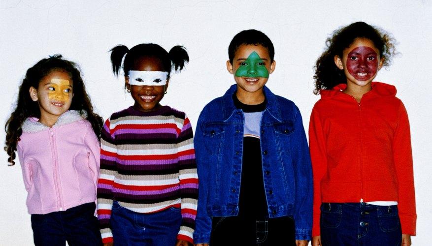 Los niños disfrutarán mucho al transformar sus rostros.